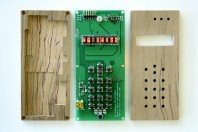 cellphone-pcb-and-enclosure